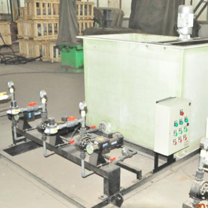 厂家直销一体化污水处理设备加药装置 现货供应自动加药装置