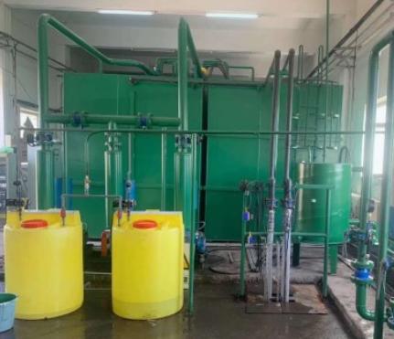 定制加药系统加药装置 PE加药桶搅拌泵自动加药搅拌 污水处理设备